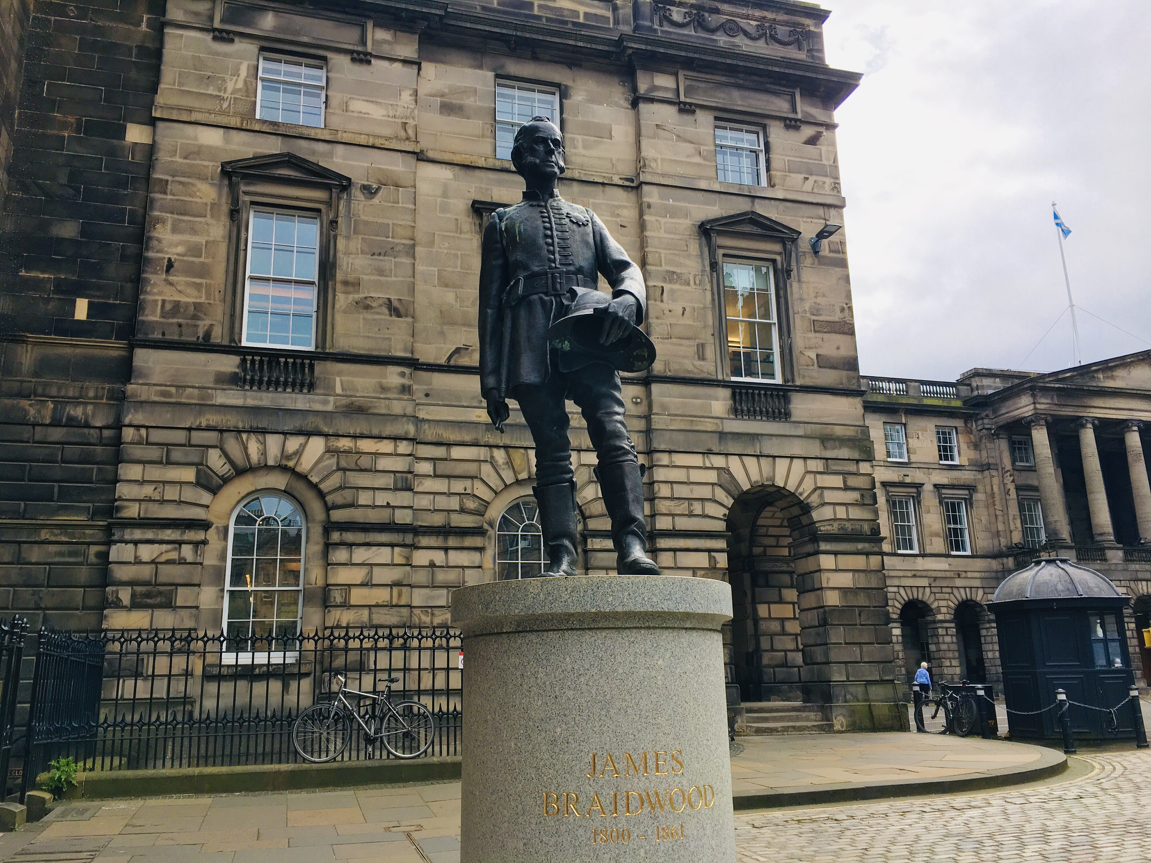 A Fresh Look at Edinburgh's Remarkable Statues