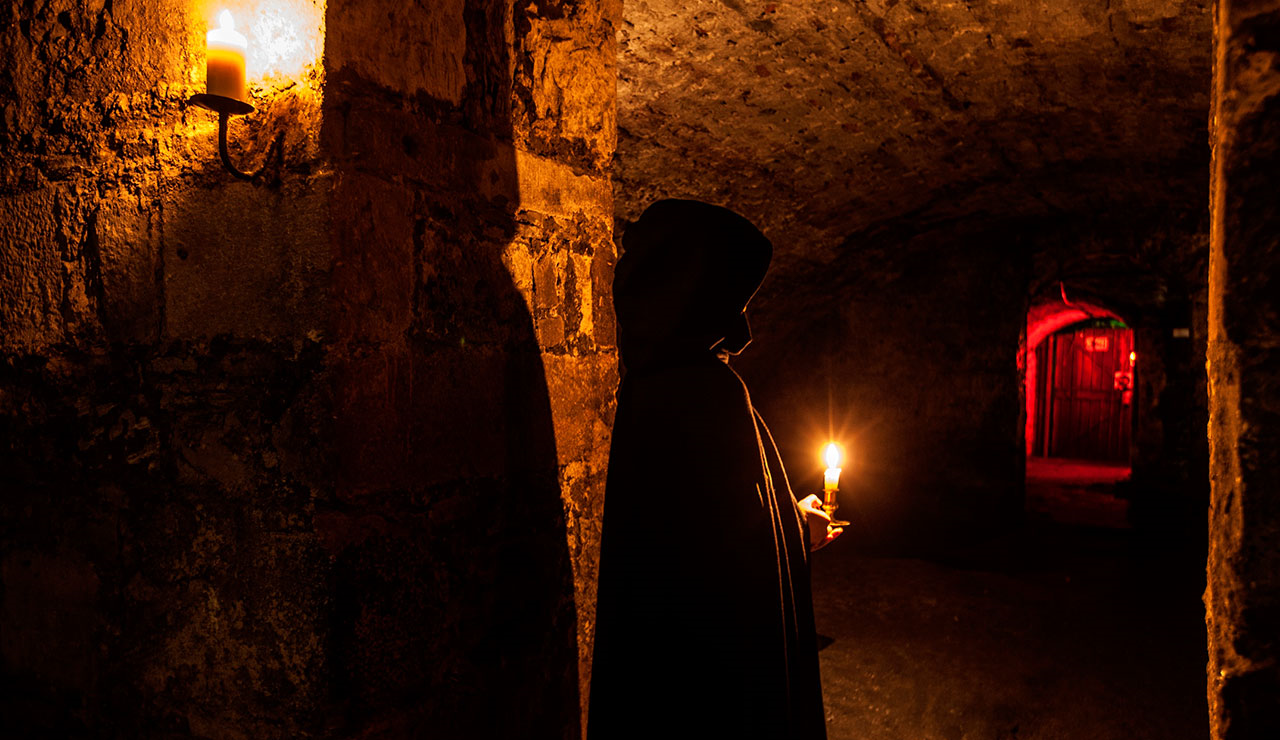 Edinburgh Ghost Tours & The Unexplainable