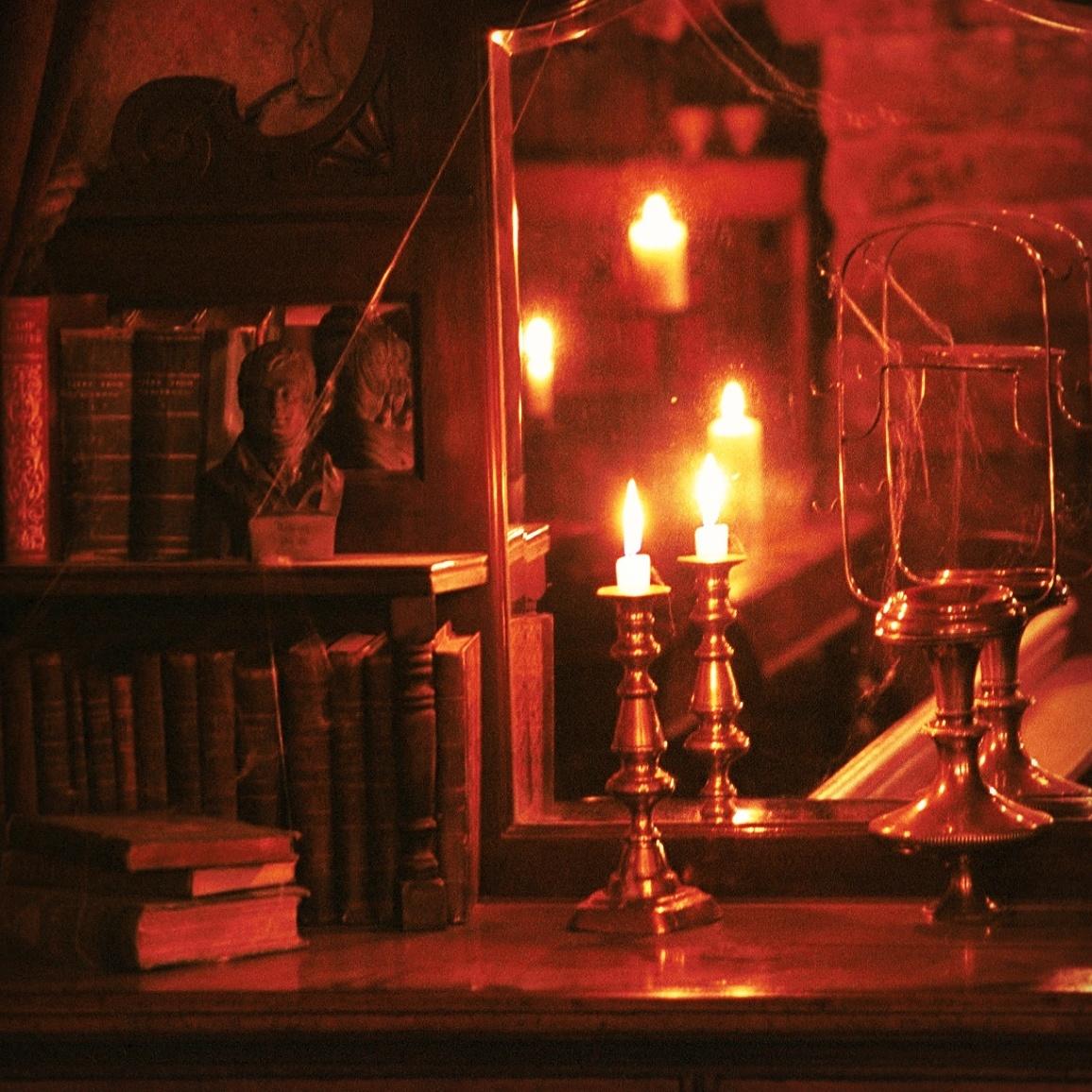 Edinburgh Tours: The Malice of Inanimate Objects