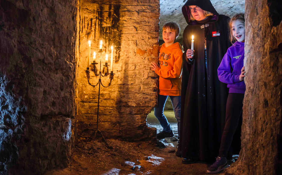 Edinburgh Ghost Tours: A Priceless Experience for Children